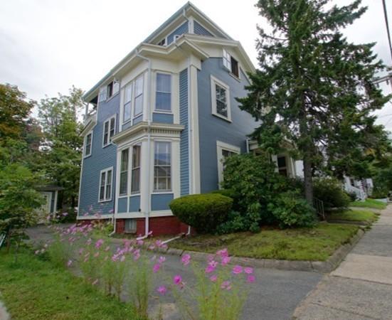 8 Sagamore St, Lynn, MA 01902 (MLS #72400669) :: Local Property Shop