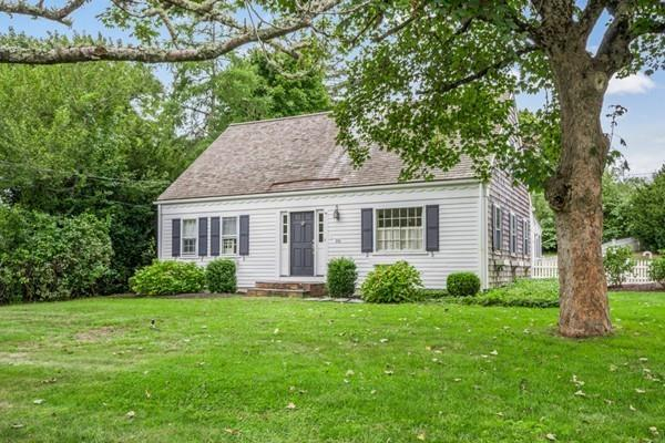 310 Main St, Barnstable, MA 02632 (MLS #72401141) :: Vanguard Realty
