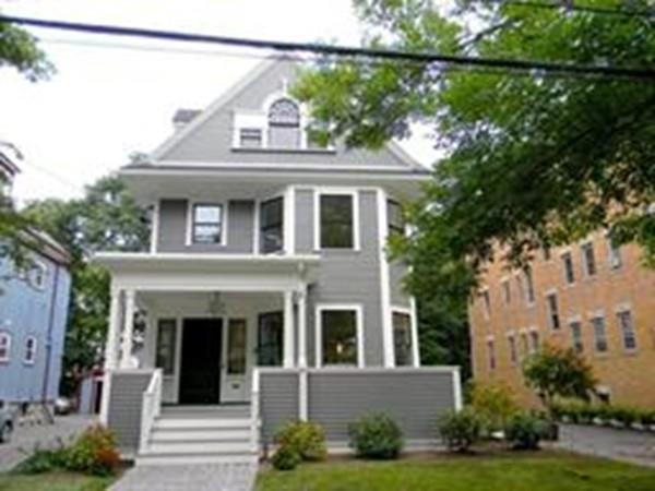 161 Naples Rd, Brookline, MA 02446 (MLS #72404158) :: Local Property Shop