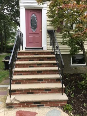 26 Savin St, Milton, MA 02186 (MLS #72406424) :: Keller Williams Realty Showcase Properties