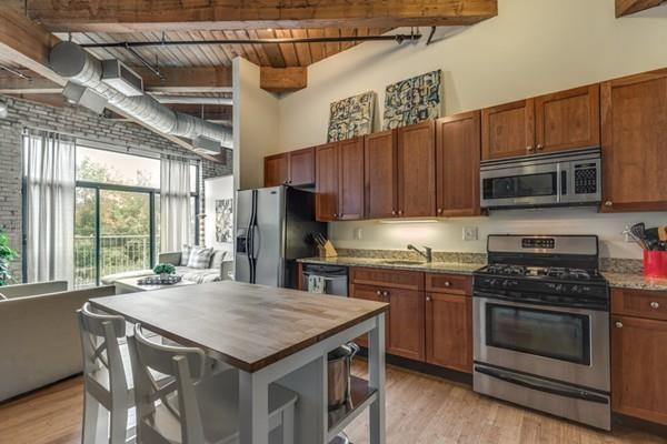 43 Charlton Street B205, Everett, MA 02149 (MLS #72408020) :: COSMOPOLITAN Real Estate Inc
