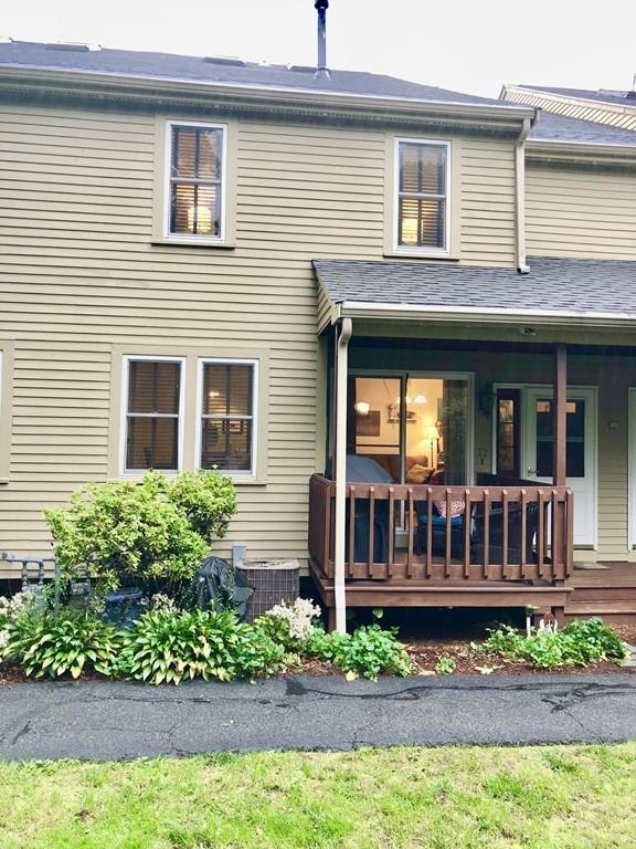 42 Second Ave #12, North Attleboro, MA 02760 (MLS #72408765) :: Anytime Realty