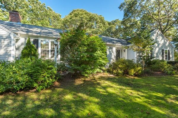 16 Torrey Rd, Sandwich, MA 02537 (MLS #72408805) :: Welchman Real Estate Group | Keller Williams Luxury International Division