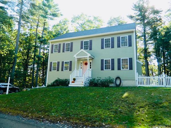 22 Hollywood Ter, North Reading, MA 01864 (MLS #72409258) :: EdVantage Home Group