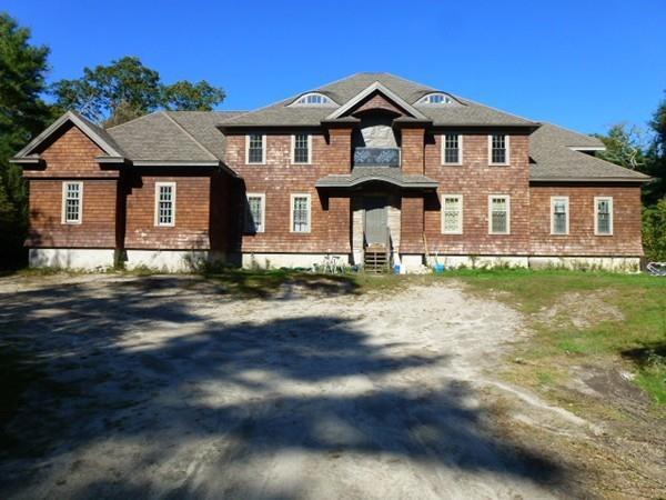 66 Slades Farm Ln, Dartmouth, MA 02748 (MLS #72409260) :: Mission Realty Advisors