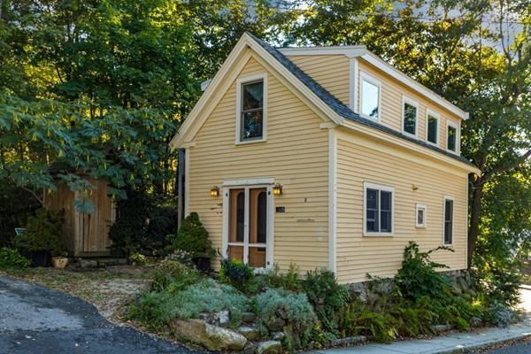 1105 Washington St, Gloucester, MA 01930 (MLS #72410500) :: Westcott Properties