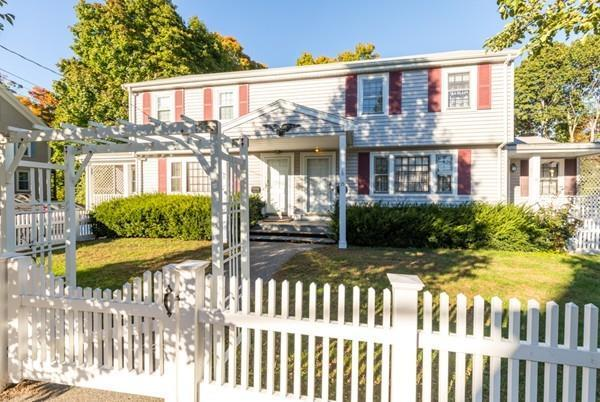 15 - 17 Lowell St, Woburn, MA 01801 (MLS #72410720) :: EdVantage Home Group