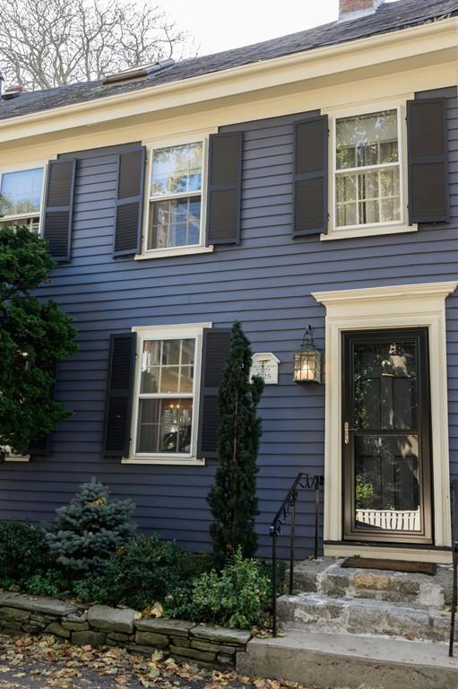 8 Middle St, Marblehead, MA 01945 (MLS #72411051) :: Local Property Shop