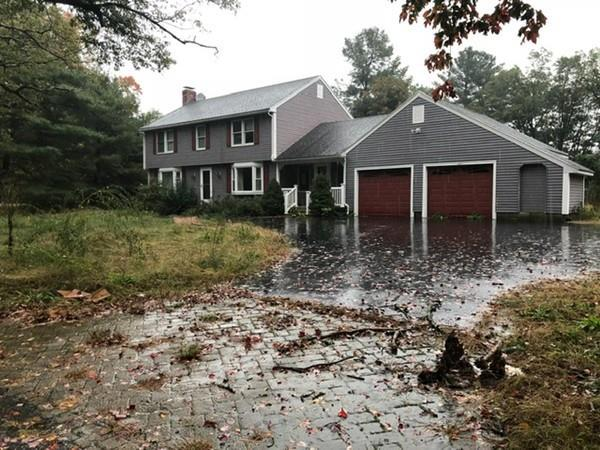 374 River Road, Hudson, MA 01749 (MLS #72412130) :: ERA Russell Realty Group