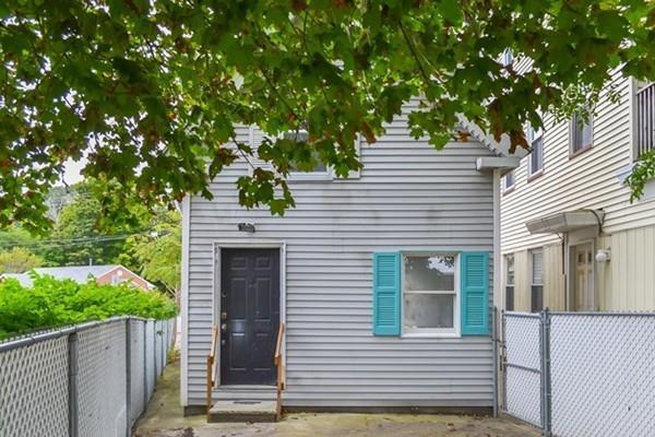 11 Main St, North Andover, MA 01845 (MLS #72412384) :: Keller Williams Realty Showcase Properties