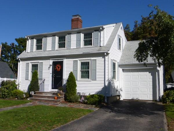 5 Columbia Rd, Arlington, MA 02474 (MLS #72412570) :: Commonwealth Standard Realty Co.