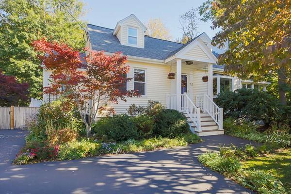 52 Grassland Street, Lexington, MA 02421 (MLS #72412839) :: Commonwealth Standard Realty Co.