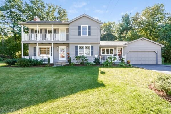 82 Fairlawn St, Northbridge, MA 01588 (MLS #72413241) :: ALANTE Real Estate