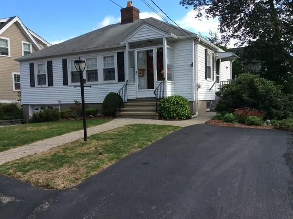 75 Bay State Rd, Arlington, MA 02474 (MLS #72413308) :: ALANTE Real Estate