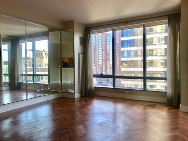 1 Avery St 15F, Boston, MA 02111 (MLS #72413642) :: EdVantage Home Group