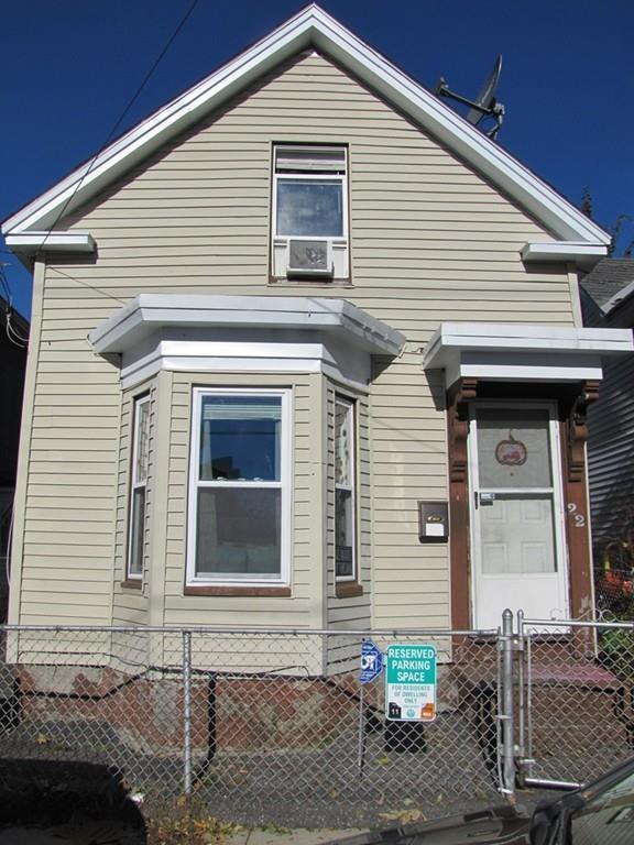 22 Jewett St, Lowell, MA 01850 (MLS #72413825) :: Welchman Real Estate Group | Keller Williams Luxury International Division