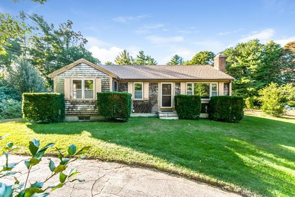 57 Deep Pond Dr, Falmouth, MA 02536 (MLS #72414174) :: Welchman Real Estate Group | Keller Williams Luxury International Division