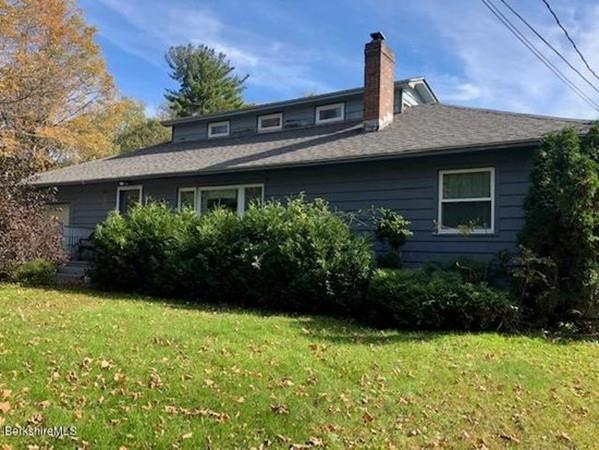 114 White Oaks Rd, Williamstown, MA 01267 (MLS #72414847) :: Local Property Shop