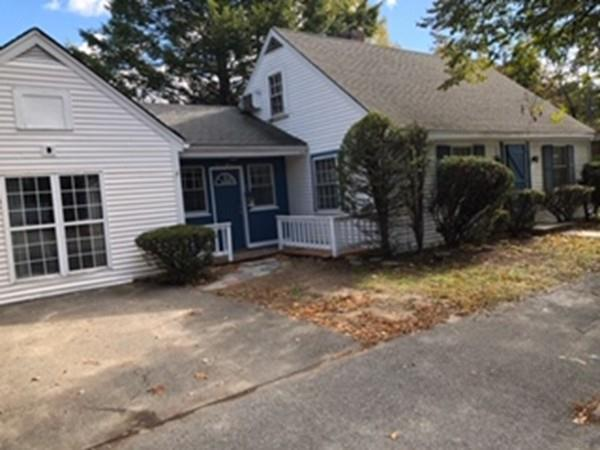 18 Maplecrest Ave, Fitchburg, MA 01420 (MLS #72415633) :: AdoEma Realty