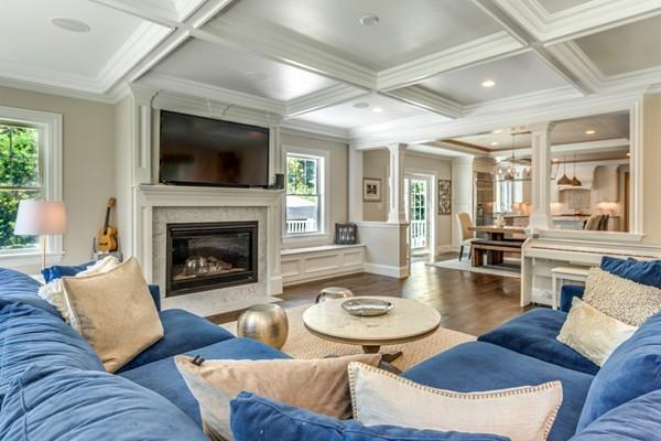 73 Williston Rd, Newton, MA 02466 (MLS #72417616) :: ALANTE Real Estate