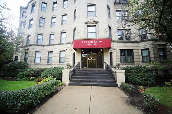 11 Park Dr #29, Boston, MA 02215 (MLS #72417800) :: The Goss Team at RE/MAX Properties