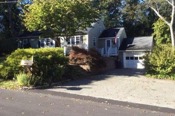 8 Meadow Rd, Sharon, MA 02067 (MLS #72419145) :: ALANTE Real Estate