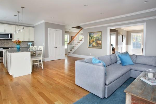 241 Elliot Street #1, Newton, MA 02464 (MLS #72419994) :: Westcott Properties
