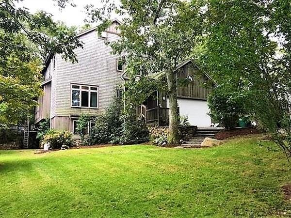 302 Greenwood Ave, Tisbury, MA 02568 (MLS #72421092) :: ERA Russell Realty Group