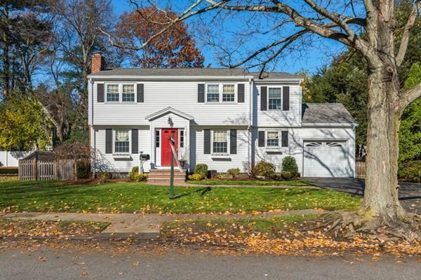 29 Wescroft Road, Reading, MA 01867 (MLS #72421483) :: Westcott Properties