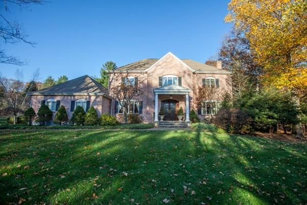 22 Grand Hill Drive, Dover, MA 02030 (MLS #72422438) :: ERA Russell Realty Group