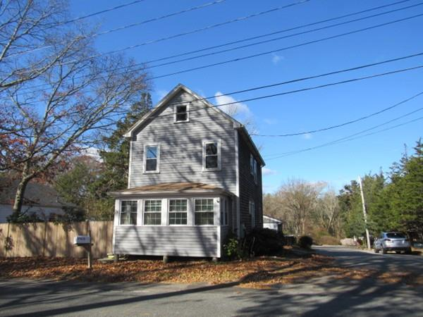 58 Hathaway Road, Dartmouth, MA 02747 (MLS #72422931) :: Welchman Real Estate Group | Keller Williams Luxury International Division