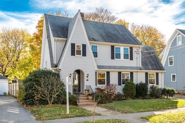 15 Grace Rd, Medford, MA 02155 (MLS #72423101) :: Local Property Shop