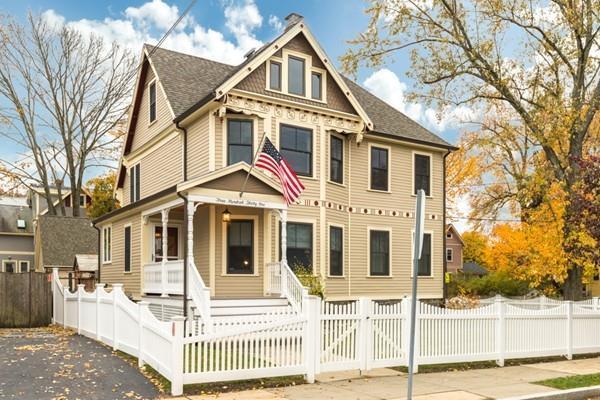 331 Grove Street, Melrose, MA 02176 (MLS #72423132) :: Local Property Shop