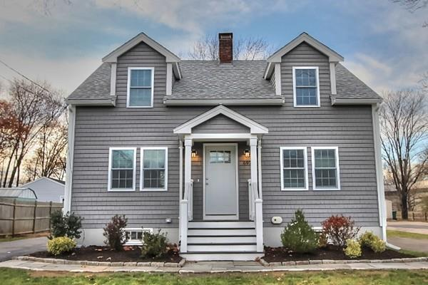 697 Pleasant St, Norwood, MA 02062 (MLS #72424128) :: Primary National Residential Brokerage