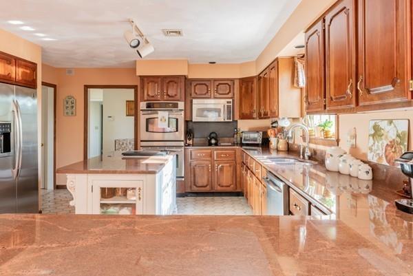79 Albee Drive, Braintree, MA 02184 (MLS #72424146) :: Primary National Residential Brokerage