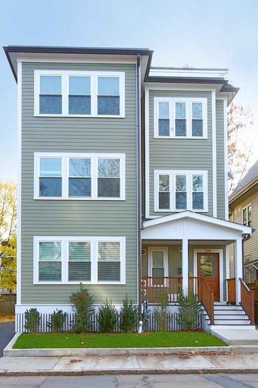 114 Davis Ave #1, Brookline, MA 02445 (MLS #72424282) :: The Gillach Group