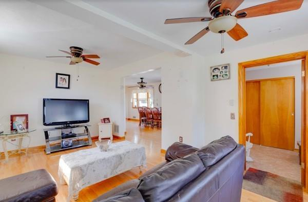 500 W Proctor Ave, Revere, MA 02151 (MLS #72424301) :: Exit Realty
