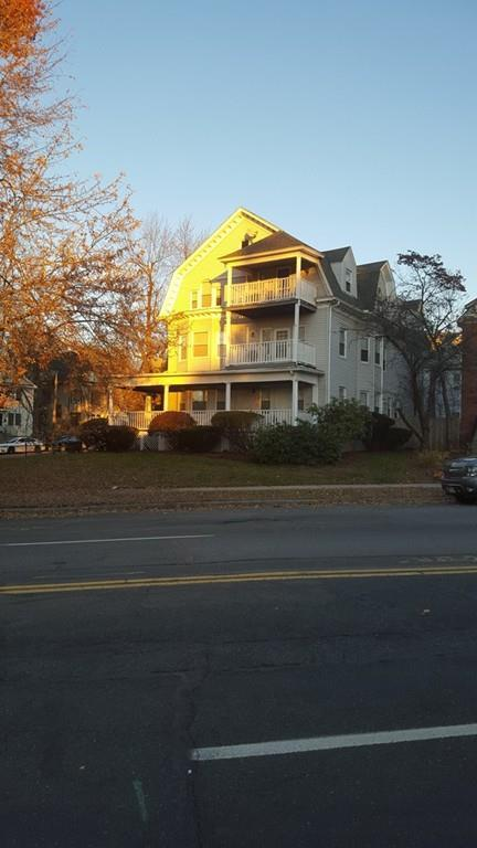 18 Forest Park Ave, Springfield, MA 01108 (MLS #72425149) :: The Goss Team at RE/MAX Properties
