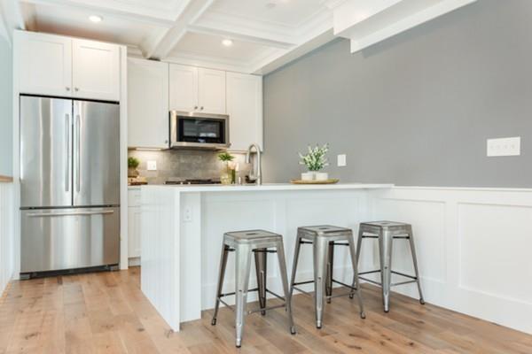 132 Perkins Street #6, Somerville, MA 02145 (MLS #72427689) :: Charlesgate Realty Group