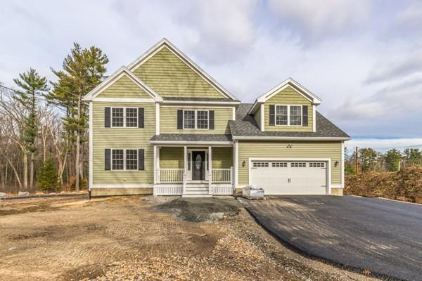 27 Boutwell Street, Wilmington, MA 01887 (MLS #72428473) :: EdVantage Home Group