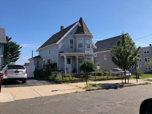 65 Foster Street, Everett, MA 02149 (MLS #72428678) :: COSMOPOLITAN Real Estate Inc