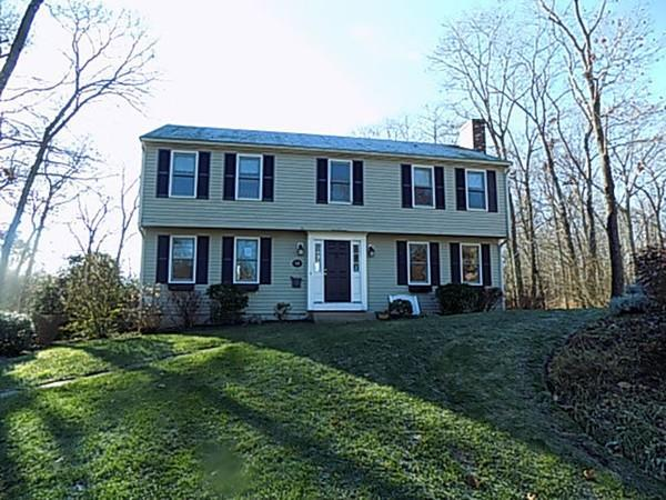 14 Narcissus Ct, North Attleboro, MA 02760 (MLS #72428783) :: Anytime Realty
