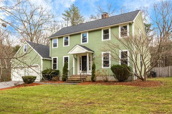 2 Claire Ave, Mansfield, MA 02048 (MLS #72429478) :: Apple Country Team of Keller Williams Realty