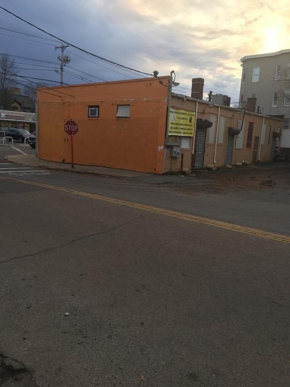301 Belmont St, Brockton, MA 02301 (MLS #72429514) :: Vanguard Realty