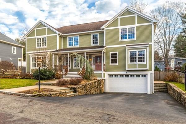 15 Royalston Ave, Winchester, MA 01890 (MLS #72430067) :: COSMOPOLITAN Real Estate Inc