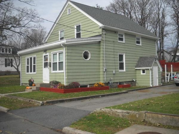 124 Riverview St, Fall River, MA 02724 (MLS #72430814) :: Welchman Real Estate Group | Keller Williams Luxury International Division