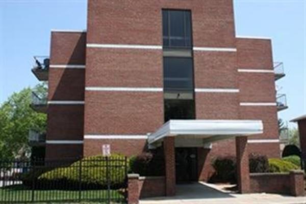 145 Pleasant St A3, Marlborough, MA 01752 (MLS #72431342) :: COSMOPOLITAN Real Estate Inc