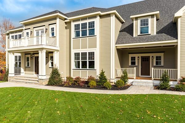 8 Parkwood Drive, Milton, MA 02186 (MLS #72432171) :: Apple Country Team of Keller Williams Realty