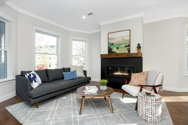 448 Medford St #2, Somerville, MA 02145 (MLS #72432305) :: Commonwealth Standard Realty Co.
