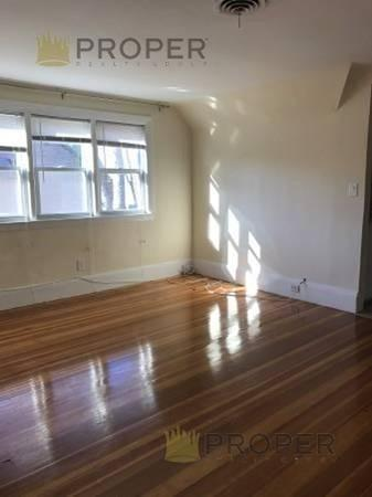 32 Fairmont St #3, Malden, MA 02148 (MLS #72433054) :: Commonwealth Standard Realty Co.